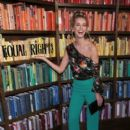 Olivia Jordan – Alice + Olivia By Stacey Bendet - Presentation - February 2018 - New York Fashion Week: The Shows - 400 x 600