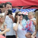 Ben Affleck and Jennifer Garner enjoying family time with their children in Pacific Palisades, CA (August 11)