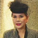 Dewi Sukarno - 454 x 620