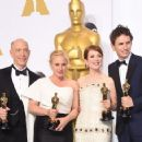 J.K. Simmons, Patricia Arquette, Julianne Moore and Eddie Redmayne At The 87th Annual Academy Awards (2015) - Press Room - 454 x 357