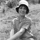 Elisabeth Sladen - 251 x 320