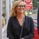 Reese Witherspoon – Out in Brentwood