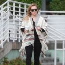 Hilary Duff running errands Out in Los Angeles October 17, 2016 - 454 x 596