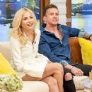Pixie Lott on 'Good Morning Britain' TV Show in London - 454 x 664