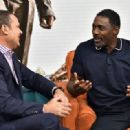 Idris Elba- August 2, 2017- Celebrities Visit Univision's 'Despierta America' - 454 x 319