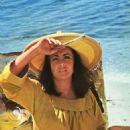 Elizabeth Taylor - 454 x 683