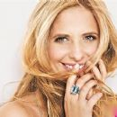 Sarah Michelle Gellar - Self Magazine Pictorial [United States] (December 2011)