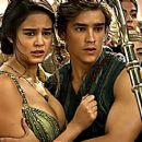 Brenton Thwaites and Courtney Eaton