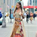 Joan Smalls – Doing a photoshoot in New York - 454 x 652