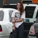 Kristen Steweart Arrives at the Gym in Venice, CA July 18, 2012