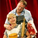 Sweeney Todd: The Demon Barber of Fleet Street Starring Bryn Terfel and Emma Thompson - 300 x 432