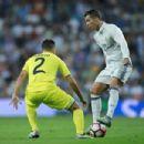 Real Madrid C.F. v. Villarreal - 454 x 303
