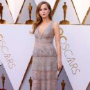 Zoey Deutch – 2018 Academy Awards in Los Angeles
