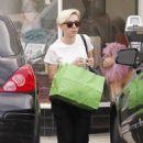 Scarlett Johansson Shopping In Santa Monica