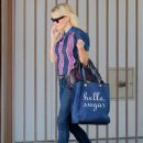 Reese Witherspoon shops in Beverly Hills