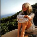 Emma Bunton - 454 x 618