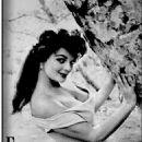 Marilyn Hanold - 454 x 645