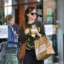 Dakota Johnson with Blake Lee – Shopping Candids In Los Angeles - 454 x 528