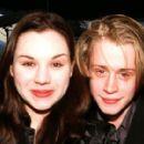 Macaulay Culkin and Rachel Miner - 400 x 280