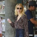 Emma Roberts – Shopping in Los Angeles 8/22/2016 - 454 x 631