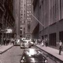 Arthur Miller & Marilyn Monroe spotted in New York, June, 12 1957 - 454 x 620