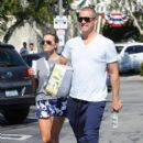 Reese Witherspoon is seen going to the market with husband Jim Toth in Los Angeles, California on June 19, 2016 - 403 x 600