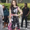 Minnie Driver wears Vivienne Westwood - On 'Extra' - 407 x 594