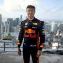 Red Bull Racing Formula One Donut - 400 x 600