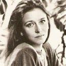 Yelena Safonova - 373 x 600