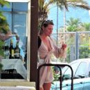 Sophie Monk out for lunch in Mallorca - 454 x 589