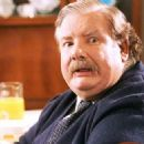 Richard Griffiths - 454 x 324