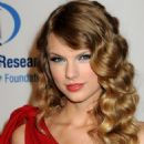 Taylor Swift - 13th Annual Unforgettable Evening Benefiting EIF Held At Beverly Wilshire Four Seasons Hotel On January 27, 2010 In Beverly Hills, California