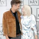 Pussycat Doll Kimberly Wyatt pregnant with first child
