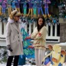 Mila Kunis – Filming 'A Bad Moms Christmas' set in Atlanta - 454 x 635