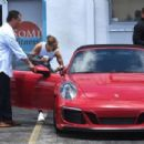 Jennifer Lopez – Spotted as she leaves the gym with boyfriend Alex Rodriguez in Miami