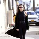 Emily Ratajkowski – Does a photoshoot in New York City