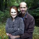 Julianne Moore and Anthony Edwards