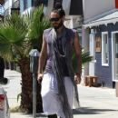 Russell Brand was spotted while out after yoga class, shopping at RTH in Los Angeles, California on July 20th, 2012 - 432 x 594