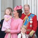 Prince Windsor and Kate Middleton : Trooping the Colour 2017 - 432 x 600