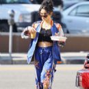 Vanessa Hudgens – Grabbing iced coffee in Los Feliz - 454 x 656