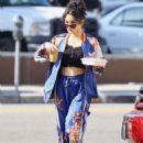 Vanessa Hudgens – Grabbing iced coffee in Los Feliz