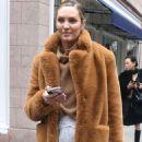 Candice Swanepoel – Leaving Ralph Lauren Show in New York - 454 x 594