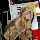 Mischa Barton - a gas station in Los Angeles, Nov 18 2010