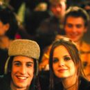 Jason Biggs and Mena Suvari in Columbia's Loser - 2000