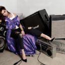 Hailee Steinfeld - Fashion Magazine Pictorial [Canada] (January 2017) - 454 x 312