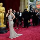 Jessica Biel attends The 86th Annual Academy Awards - Arrivals (2014)