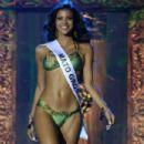 Jakelyne Oliveira - 454 x 303