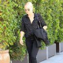 Malin Akerman Shopping in Beverly Hills - 454 x 643