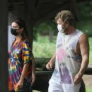 Emily Ratajkowski – Out with her husband in the Hamptons