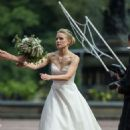 Kristen Bell dons a wedding dress filming 'Like Father' in NYC - 454 x 682